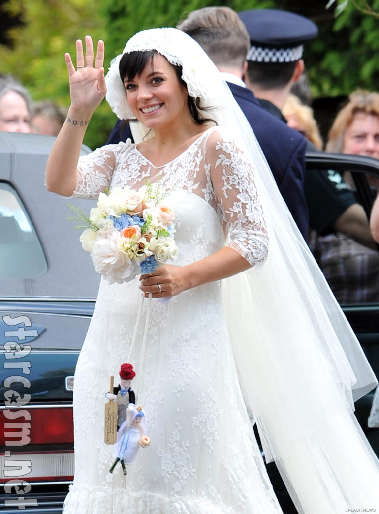 Oh yes! Vintage Style Celebrity Wedding Gowns with SLEEVES! | The ...